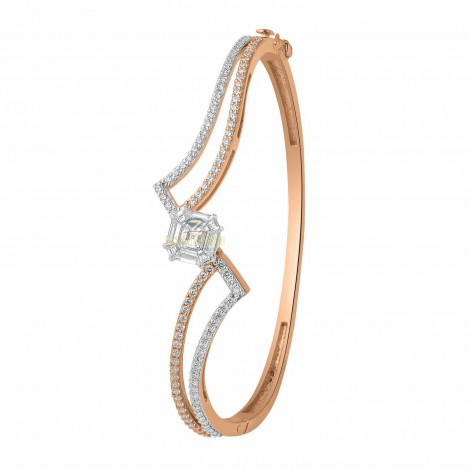 ROSEGOLD WITH EMERALD CUT DIAMOND BRECLET