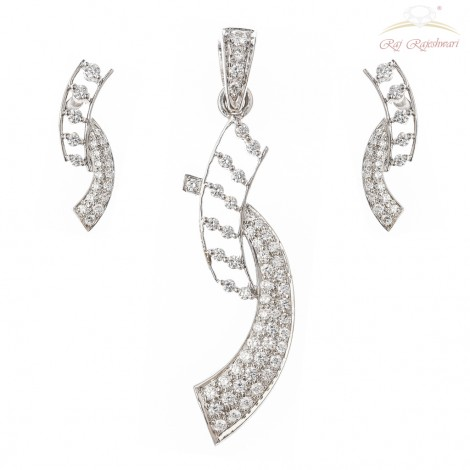 INDO-WESTERN DIAMOND STUDDED PENDENT SET IN 18KT WHITE GOLD