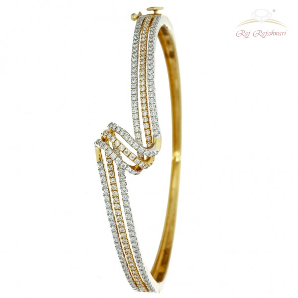 Fusion Diamond studded Braclet in 18kt Gold