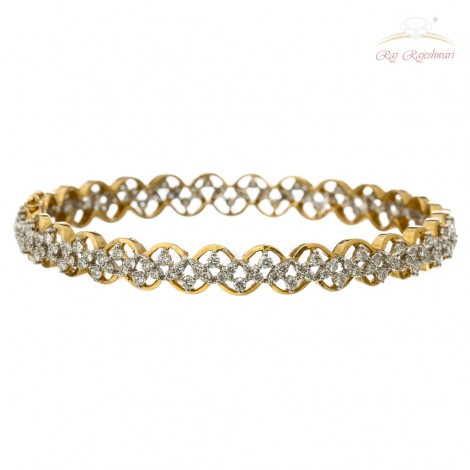 Indo Western Design Diamond Pair of Bangles in 18kt Gold